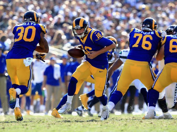 Rams supera a Seattle y sigue con el paso perfecto