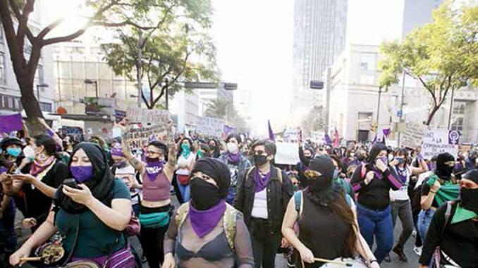 Mujeres exigen justicia para víctimas de feminicidio. Noticias en tiempo real