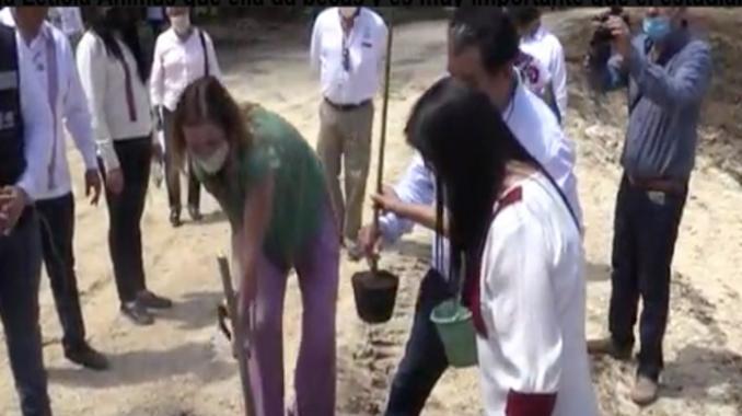 FONATUR dona terreno para escuela del IPN. Noticias en tiempo real